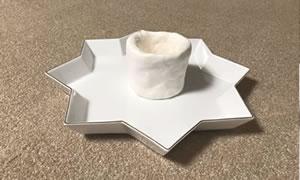 100均の紙粘土で作る「手作り鉢の作り方」手順 2