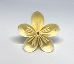 折り紙で作る♪立体の花「梅」の折り方!