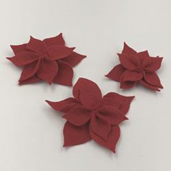 クリスマスリースをフェルトで手作り「ポインセチアの作り方手順 6」