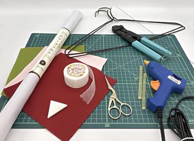 フェルトで作るバラのリースの作り方!「必要な材料・道具類」
